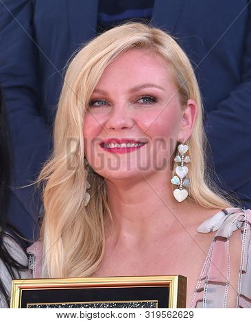 LOS ANGELES - AUG 29:  Kirsten Dunst arrives for the Kirsten Dunst Walk of Fame Ceremony on August 29, 2019 in Hollywood, CA