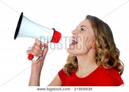 weibliche Sprecher Betrieb Megaphon