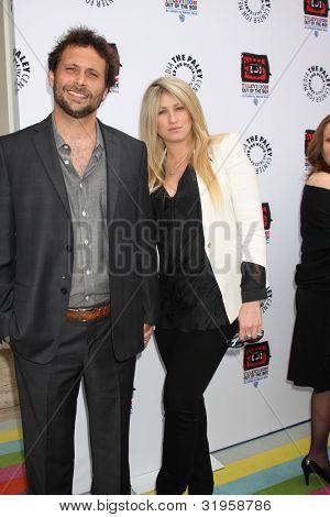 LOS ANGELES - APR 12:  Jeremy Sisto arrives at Warner Brothers