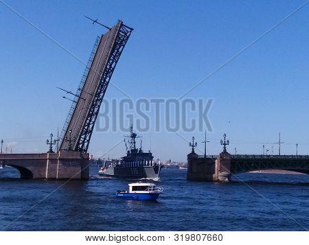 Russia St. Petersburg July 2019. Raised Bridge. Navy Day. In St. Petersburg, Bridges Are Being Built