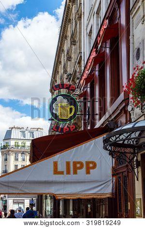 Paris, France - August 29 2019: The Brasserie Lipp Is A Famous Establishment On The Boulevard Saint
