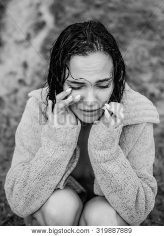 Woman Problem - Addicted People. Psychologist Theraphy Social Problems Addiction. Addict Or Medical