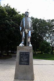 Chicago, Il August 24, 2019, The Tin Man Statue From The Wizard Of Oz In Oz Park, Chicago