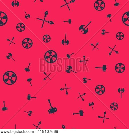 Set Hammer, Crossed Medieval Spears, Round Wooden Shield And Medieval Axe On Seamless Pattern. Vecto