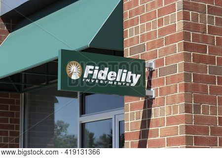 Carmel - Circa May 2021: Fidelity Investments Branch. Fidelity Investments Operates A Brokerage Firm