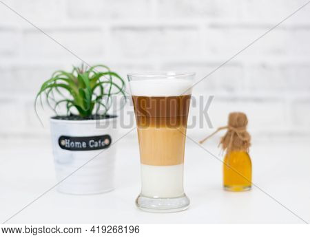Coffee Latte Milk Froth The Hot Drink
