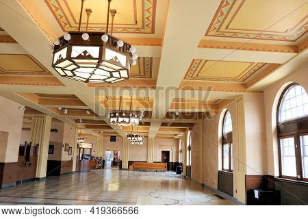 April 26, 2021 In Cheyenne Wy:  Interior Lobby Of The Cheyenne Raillroad Depot With Vintage Chandeli