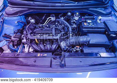 Novosibirsk, Russia - April 25 2021: Hyundai Solaris , Close Up Detail Of  Car Engine, Front View Un