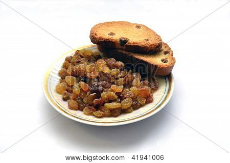 biscuits with raisins