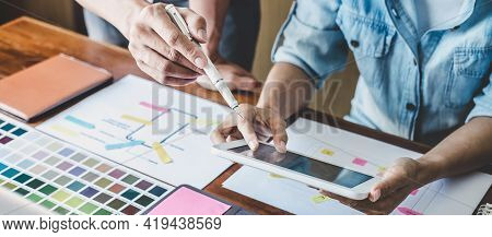 Team Of Creative Web/graphic Designer Planning, Drawing Website Ux App For Mobile Phone Application