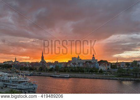 Szczecin, West Pomeranian Voivodeship, Poland - 06 September 2020: Sunset Over Piastowski Boulevard