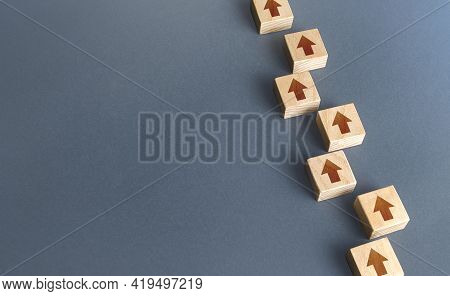 Chain Of Blocks Of Unidirectional Arrows. Consistency And Focus. Concept Of Conformism, Vertical Of