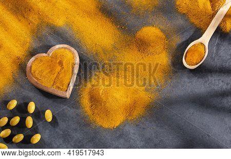 Turmeric Powder With Capsules - Curcuma Longa