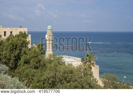 Jaffa, Israel - March 31st, 2021: An Old Mosque Overlooking The Mediterranean Sea, In The Old City O