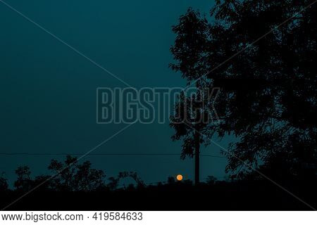 Picture Of Last Full Moon Of 2020 On 29Th December Morning