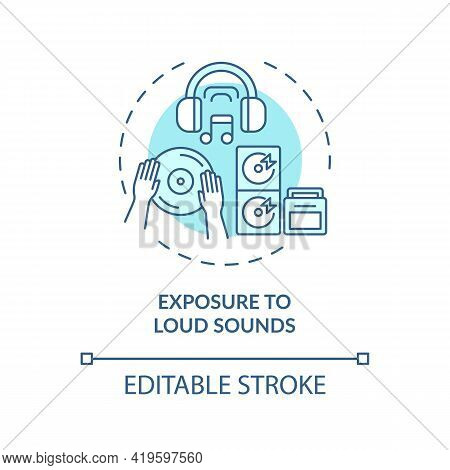 Exposure To Loud Sounds Concept Icon. Acquired Hearing Loss Idea Thin Line Illustration. Noise Emiss