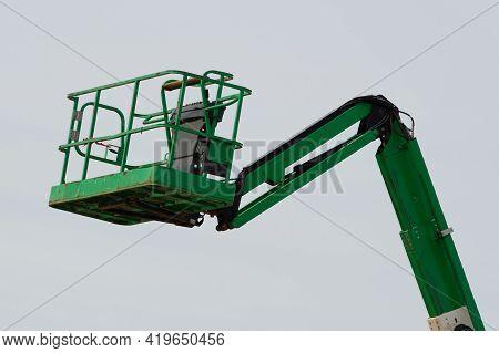 Elevator Crane Lift Hydraulic Crane Outdoor Steel