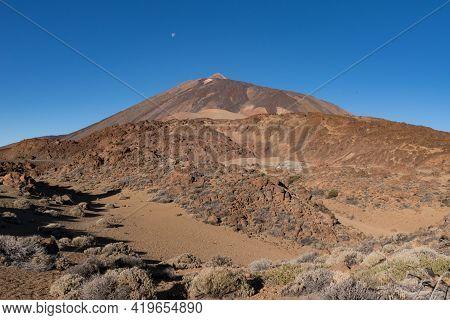 Martian Landscape On The Eastern Slopes Of Montana Blanca Mirador Las Minas De San Jose With Teide M