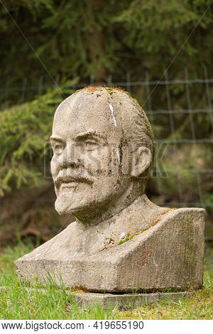 Druskininkai, Lithuania - May 1 2021: Lenin Marble Bust With Bird Poop On The Head, Chairman Of The