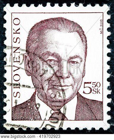 Slovakia - Circa 2000: Postage Stamp Printed In Slovakia Shows Rudolf Schuster Is A Slovak Politicia