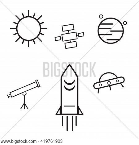 Rocket Spacecraft Bound For Mars. Future Travel Concept, Expedition To The Red Planet. Exploration O