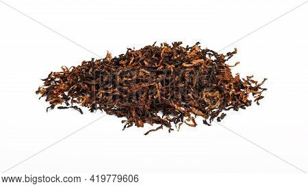 Close Up Pile Of Ready Rubbed Long Coarse Cut Pipe Tobacco Blend, Isolated On While Background, High