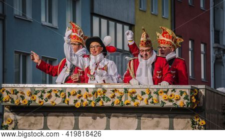 Aachen, Germany - February 12, 2018: The Aachen Rose Monday Procession In The Carnival. People In Tr