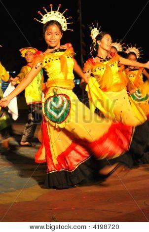 Young Street Dancers Of Naga City