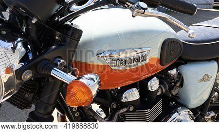 Bordeaux , Aquitaine France - 05 04 2021 : Triumph Bonneville T100 Bonnie Neo Retro Classic 50 Th An