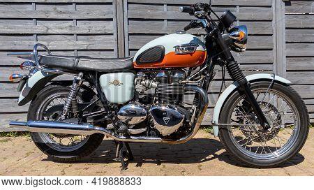 Bordeaux , Aquitaine France - 05 04 2021 : Triumph Bonneville T100 Bonnie 50 Th Anniversary Vintage