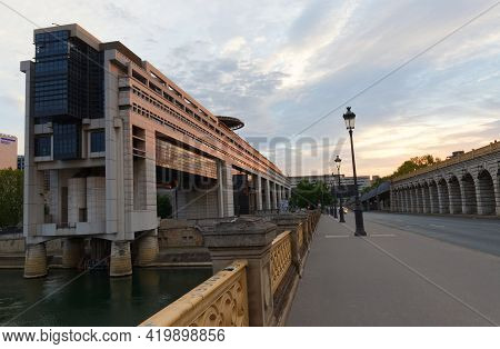 Paris, France - May 09 , 2021 - The Headquarters Of The French Ministry Of Finance And Economy Is Lo