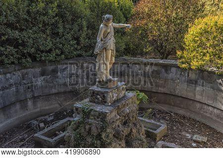 Crimea, Yalta, 28,09,2020 Abandoned Palace Of Count Mordvinov In Yalta