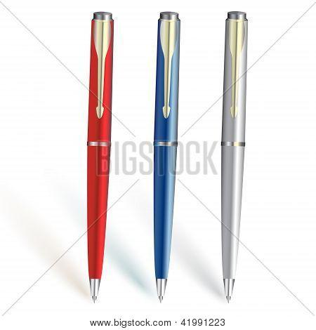 Три ручки цвета
