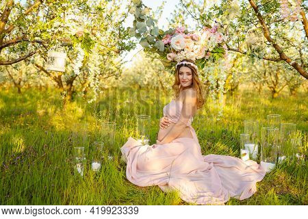 Soft And Sensual Pregnant Woman With Flowers. Beautiful Pregnant Girl. Spring Mood, Beautiful Pregna