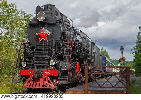 Ruskeala, Russia - August 15, 2020: Soviet Steam Locomotive Lv-0522 With The Ruskealsky Express Tour