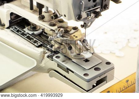 Sewing A Equipment, Knitwear Sewing Buttons Seamstresses