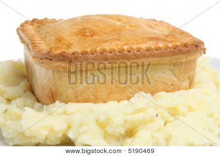 Steak Pie & Mashed Potato