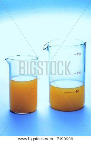 Transparent Chemical Glassware