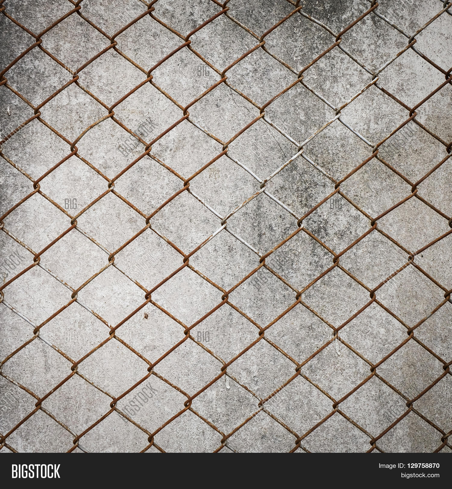 Rusty Iron Chain Wire Image & Photo (Free Trial) | Bigstock
