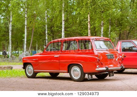 Red Skoda Felicia Coupe-wagon, Retro-club Of Czech Automaker