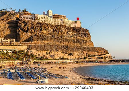 Empty Amadores Beach With Hotel Above During Sunset - Puerto Rico Gran Canaria Canary Island Spain Europe