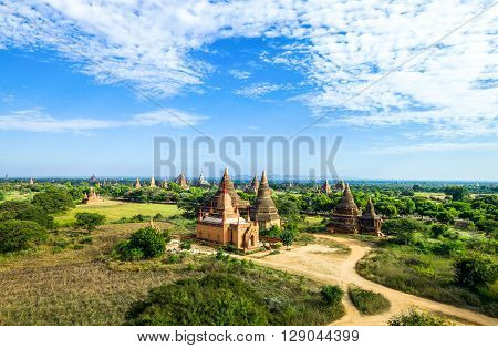 Myanmar, Bagan, the plain with thousand of 880-year old temple ruins.