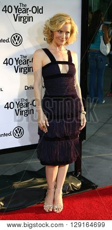 """Leslie Mann at the Los Angeles premiere of """"The 40 Year-Old Virgin"""" held at the ArcLight Theatre in Hollywood, USA on August 11, 2005."""
