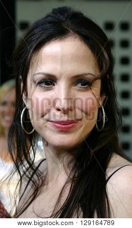 """Mary-Louise Parker at the Los Angeles premiere of """"The 40 Year-Old Virgin"""" held at the ArcLight Theatre in Hollywood, USA on August 11, 2005."""