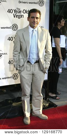 """Steve Carell at the Los Angeles premiere of """"The 40 Year Old Virgin"""" held at the ArcLight Theatre in Hollywood, USA August 11, 2005."""