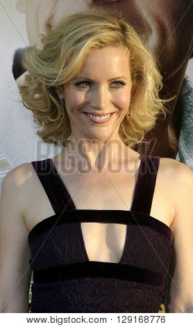 """Leslie Mann at the Los Angeles premiere of """"The 40 Year Old Virgin"""" held at the ArcLight Theatre in Hollywood, USA August 11, 2005."""