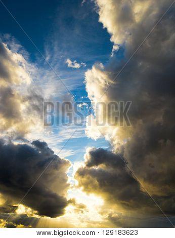 Heavenly Scene Sunshine Breaking
