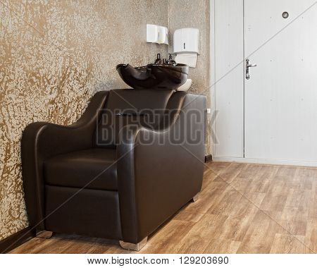 Special Armchair For Woshing Hair