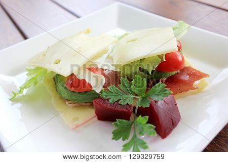No Bread Sandwich with Pickled Beetroot 1