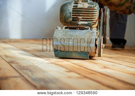 home renovation parquet sanding polishing in day
